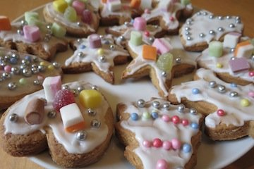 Edible Christmas Crafts - Kids biscuits